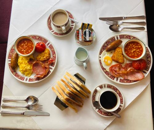 Breakfast options available to guests at Seawold Guest House
