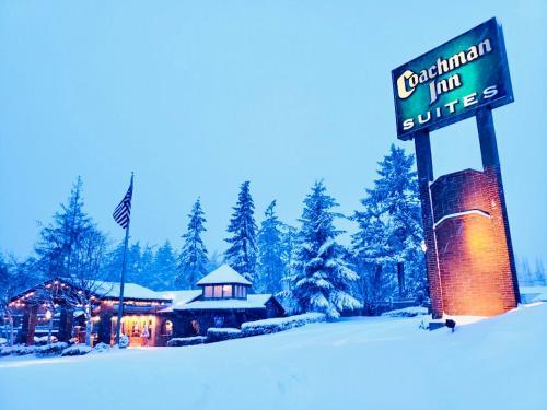 Coachman Inn Oak Harbor during the winter