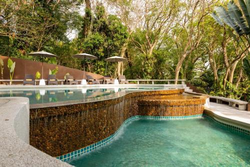 The swimming pool at or close to Baan Krating Phuket Resort