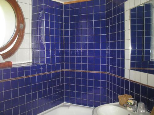 A bathroom at La Pastorale