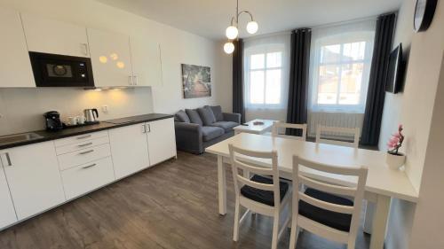 Kuchyň nebo kuchyňský kout v ubytování R&J apartmány