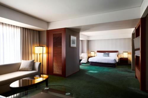 A bed or beds in a room at InterContinental Seoul COEX, an IHG Hotel