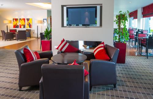 The lobby or reception area at Holiday Inn Express Leeds City Centre, an IHG Hotel