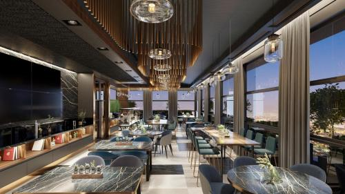 A restaurant or other place to eat at Hotel Panoramika Design & Spa