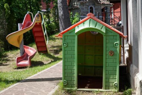 Детска площадка в Хотел Алпин