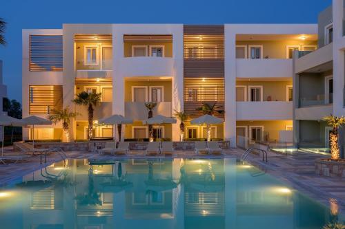 Mythos Hotel Apartments