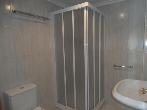 A bathroom at Hostal El Volante