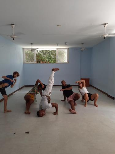 The fitness centre and/or fitness facilities at Nomads Hostel Multicultural