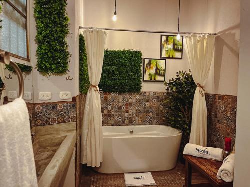 A bathroom at Hotel Muchá
