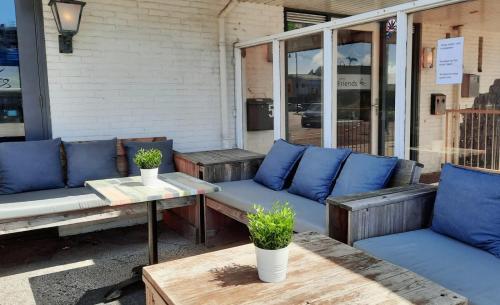 Een zitgedeelte bij Hotel Friends Texel