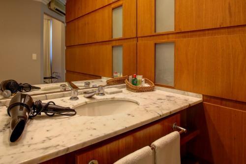 Um banheiro em Bela Cintra Stay by Atlantica Residences - Antigo Quality Suites Bela Cintra