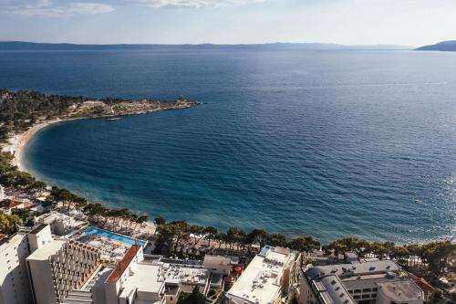 A bird's-eye view of City Beach Apartments