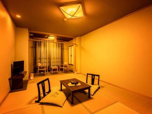 A seating area at Yukai Resort Shima Saichoraku