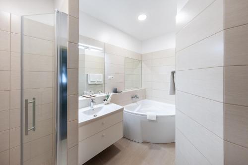A bathroom at Hotel Sigulda