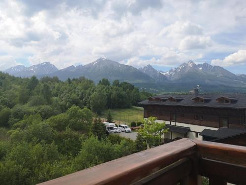 Výhľad na hory alebo výhľad na hory priamo z apartmánu