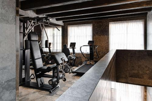 The fitness center and/or fitness facilities at Hyatt Centric Murano Venice