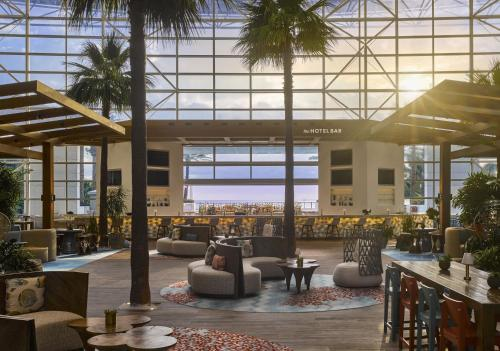 A restaurant or other place to eat at The Diplomat Beach Resort Hollywood, Curio Collection by Hilton
