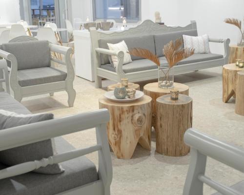 Coin salon dans l'établissement Mykonos Essence Hotel