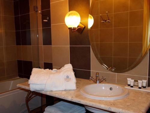 Un baño de Delphi Art Hotel