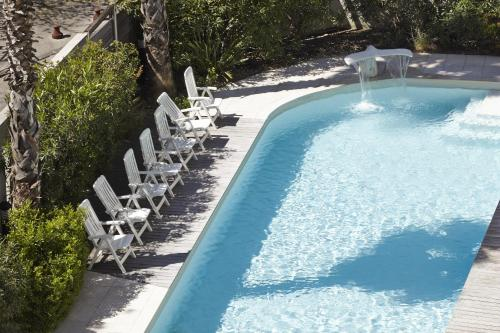 The swimming pool at or close to Aparthotel Adagio Marseille Prado Plage