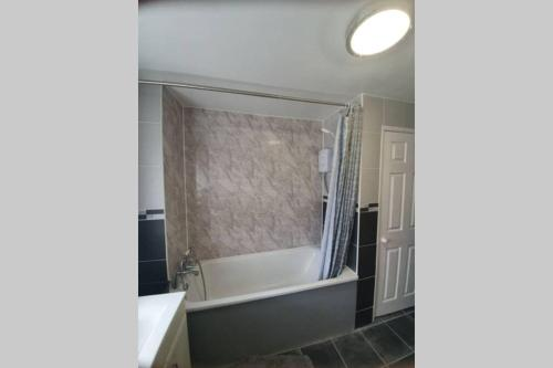 A bathroom at Orpington North Townhouse