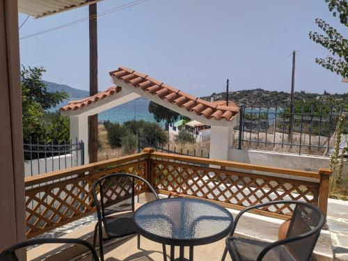 A balcony or terrace at ILIAKTI RELAXING SEASIDE