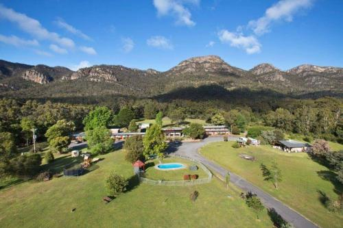 A bird's-eye view of The Grampians Motel and The Views Bar & Restaurant