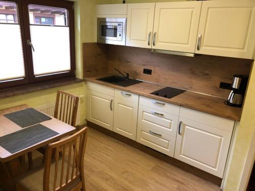 Küche/Küchenzeile in der Unterkunft Gasthof zum Slawen