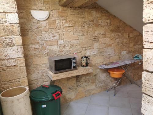 Кухня или мини-кухня в Белая акация