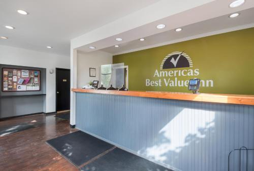 The lobby or reception area at Americas Best Value Inn-Painted Post
