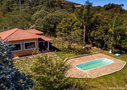 The swimming pool at or near Pousada Eldorado Das Gerais