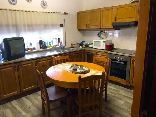 A cozinha ou kitchenette de Casa de Katiolo