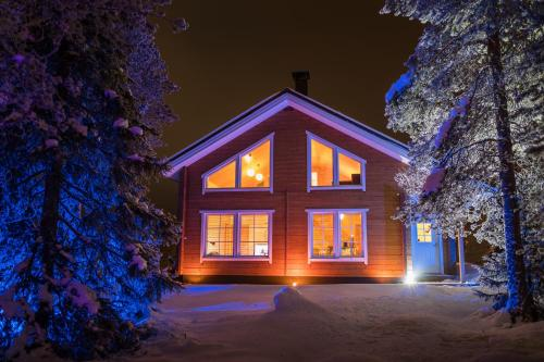 Lapland Villa talvella