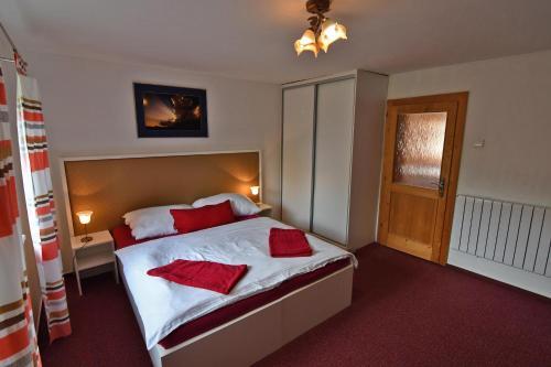 Posteľ alebo postele v izbe v ubytovaní VIP Apartmany Besenova