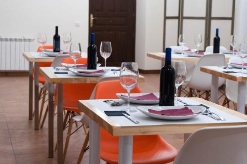 Un restaurante o sitio para comer en Casa del Cura
