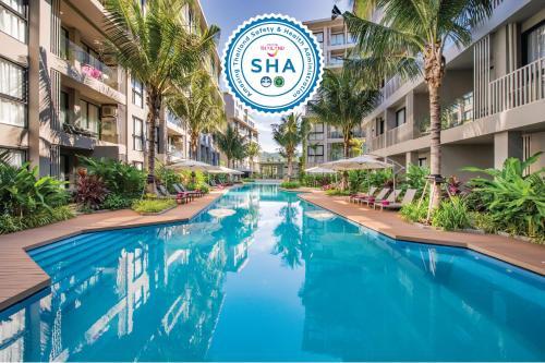 The swimming pool at or near Diamond Resort Phuket
