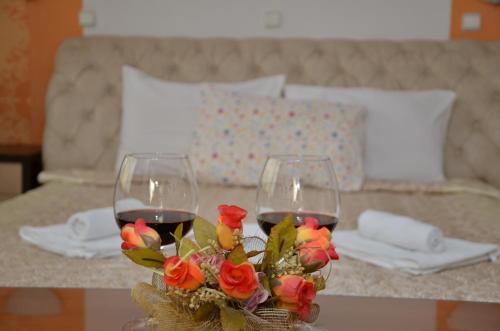 Een bed of bedden in een kamer bij Hotel Diplomat Plus