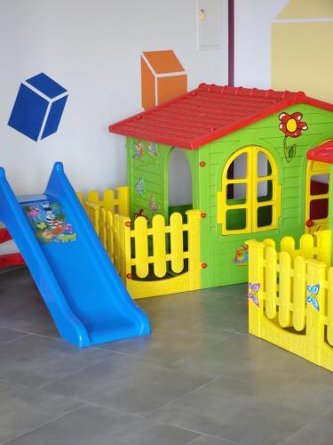 Klub dla dzieci w obiekcie Hotelik Mazurska Chata-BONY,restauracja, blisko aqapark, centrum,jezioro