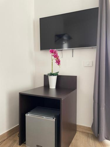 A television and/or entertainment centre at Zeta Rooms