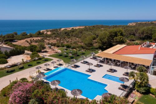 A view of the pool at Vila Alba Resort or nearby
