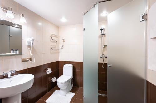 Ванная комната в Jenavi Club Hotel