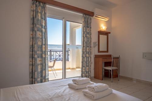 Łóżko lub łóżka w pokoju w obiekcie Bright Star