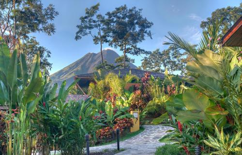 A garden outside Nayara Springs - Adults Only