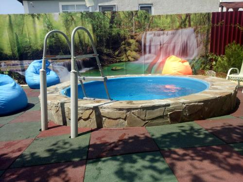 The swimming pool at or close to Sunny House Guest House
