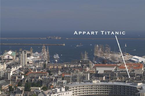 Vue panoramique sur l'établissement Appart Titanic Cherbourg Centre Port