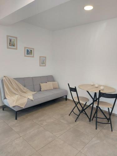 A seating area at Villa Romelia