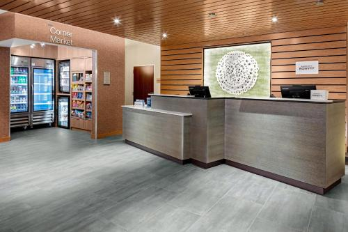 The lobby or reception area at Fairfield Inn & Suites by Marriott Queensbury Glens Falls/Lake George