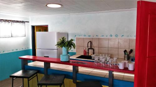 A kitchen or kitchenette at Sunset Hill Lodge