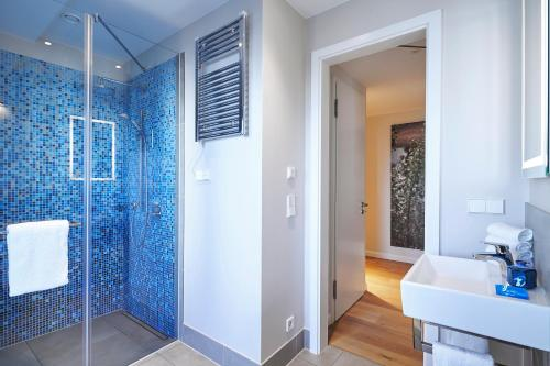 A bathroom at The Wellem, in The Unbound Collection by Hyatt
