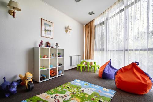 Детский клуб в Voznesensky Hotel